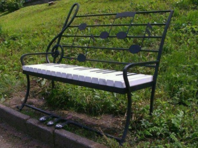 Креативные скамейки от фанатов своего дела
